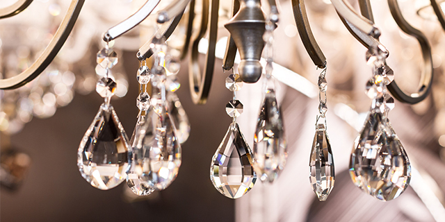 How To Clean A Crystal Chandelier, What S The Best Way To Clean A Crystal Chandelier